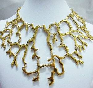 Classic luxury hollow humanoid Art Deco Style Necklace(China)