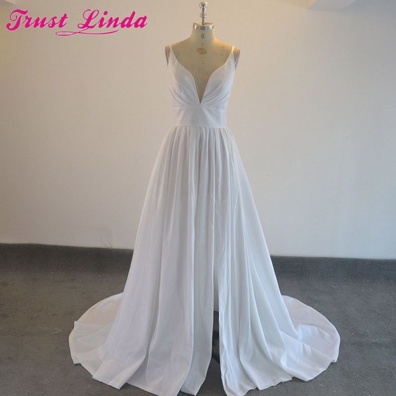 Real Photo A-line Sexy V-neck High Slit Long   Bridesmaid     Dresses   Formal   dresses   2018 White Party Wear Prom Gowns Red Carpet