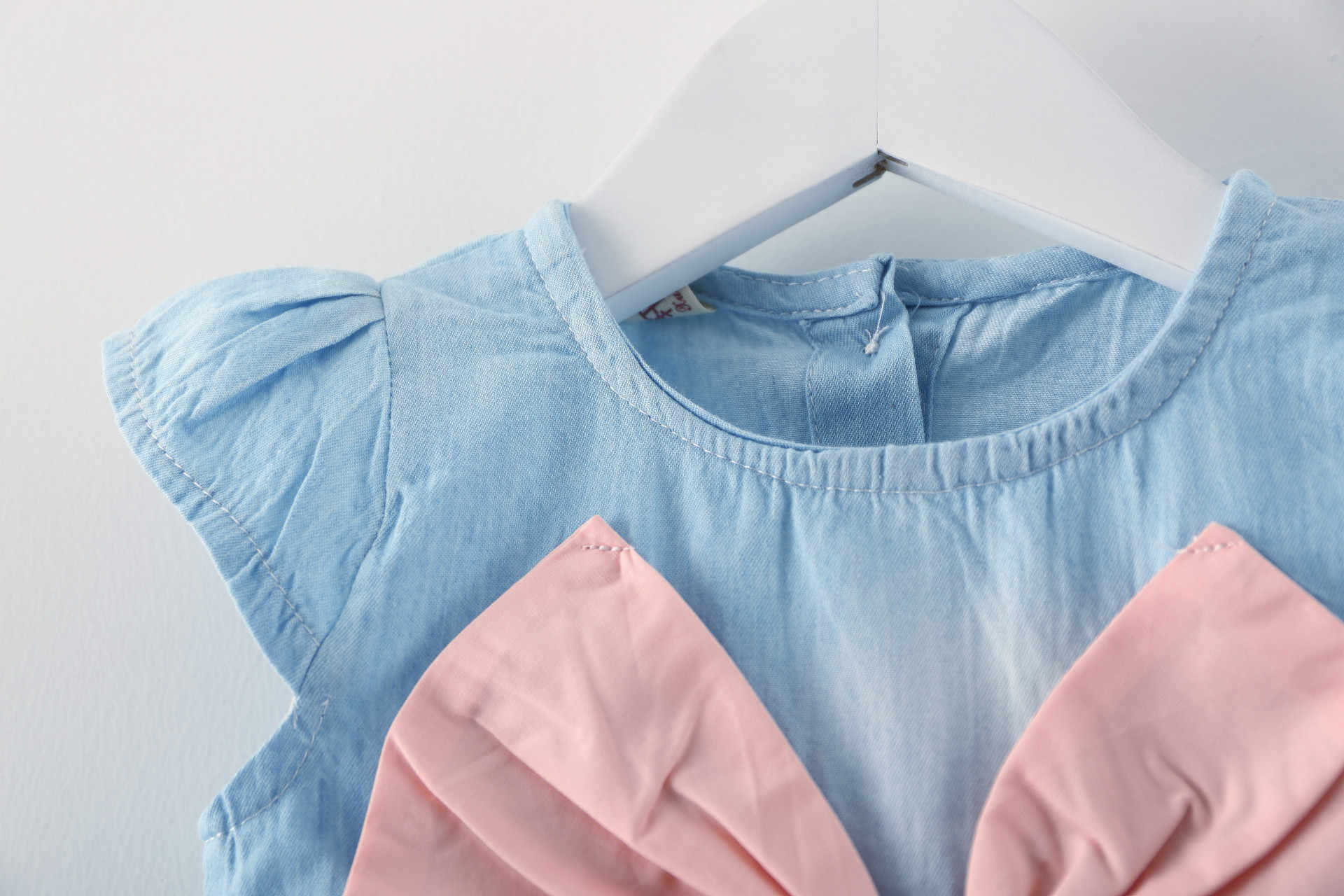 Алисы для маленьких девочек платье-пачка с бантом дизайн мини платье детские Летний стиль мода короткий рукав вечерние платье для девочек детская одежда