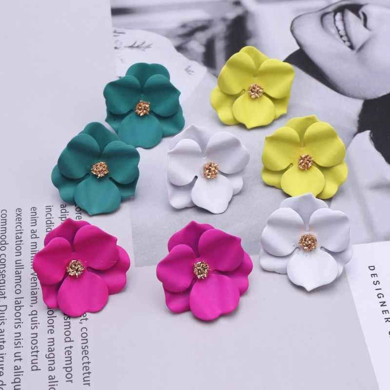 EK590 New Fashion 2019 Ladies Cute Spray Paint Metal Flower Stud Earrings For Women Korean Jewelry Kids Girls Gifts Earring