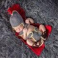 Super Cool Newborn Fotografia Props Traje Geral Armadura Capa de Crochê Malha Bebê Calças e Sapatos Definir Adereços Foto Do Bebê