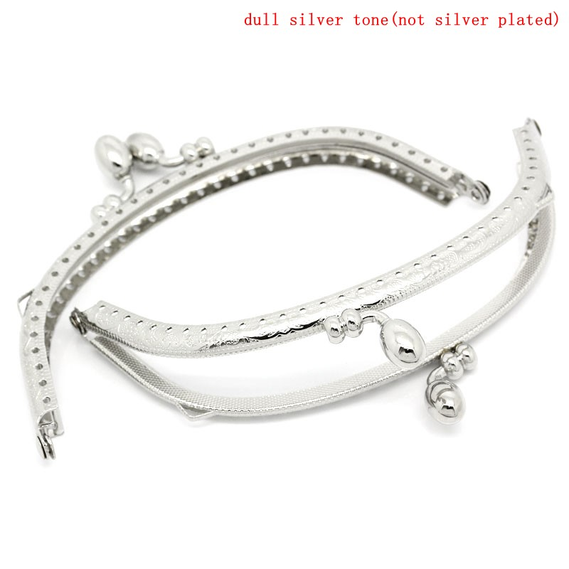 PACGOTH Iron Based Alloy Kiss Clasp Lock Purse Frame Arch Silver Tone Dot 13x7.5cm, Open Size: 14x13cm, 3 PCs pacgoth iron based alloy kiss clasp lock purse frame arch silver tone dot 13x7 5cm open size 14x13cm 3 pcs