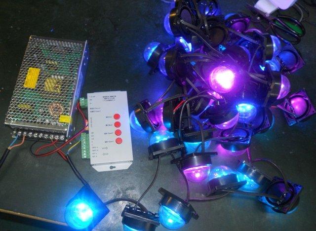 40 pcs 60 mm de diâmetro TSL3001IC led pixel módulo ) + 1 pcs 12 V / 60 W fonte de alimentação + cartão SD pixe módulo controlador ( pré - conjunto, Fácil de usar )
