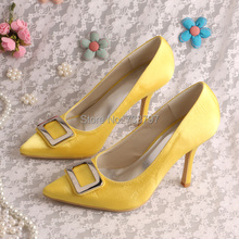 Custom Handmade Pale Yellow Wedding Heels Shoes Pointed Toe with Brooch