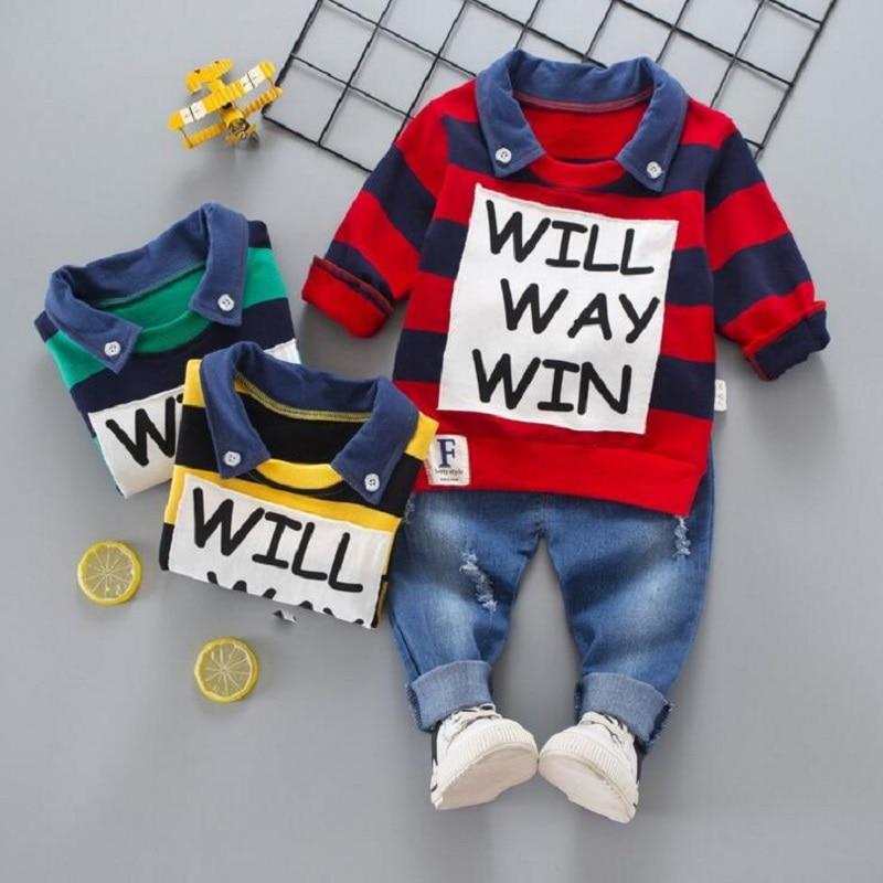 Комплект детской одежды для мальчиков рубашка поло в полоску Джинсы для женщин Осенняя детская одежда Комплект одежды для маленьких мальчиков с принтом букв