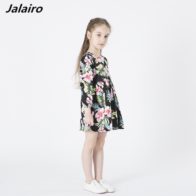 0465d69cf الزهور فتاة اللباس الشتاء 2017 طفل الأطفال ماركة الملابس الاطفال ملابس  للبنات كم طويل خمر أزياء