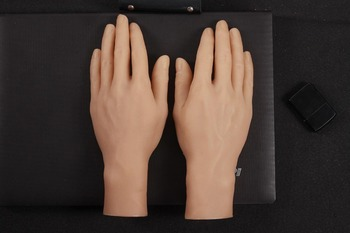 New Simulated Hand Model Silicone Artificial Hand Display Projects Photography of Man's Hand Model Real Man Reversed Fingers