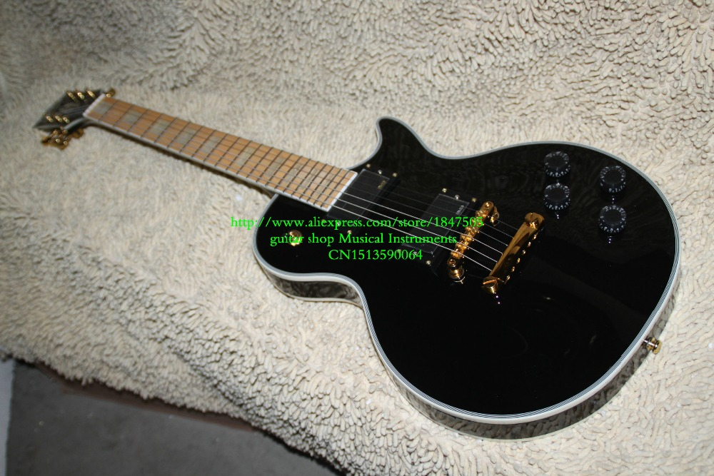 black Custom Mahogany Solid Electric Guitar Maple Fingerboard OEM From China HOT