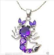 Venta caliente nuevo Estilo>>>>> Joyería escorpiones de circón violeta collar colgante