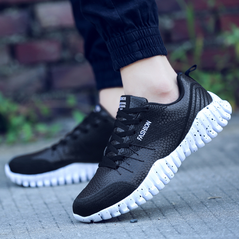 ФОТО 2017 Sports Shoe Men Trends Run Athletic Trainers Solid Color Leather Zapatillas Walking Shoe Stability Outdoor Running Sneakers