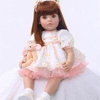 Новый Мода 2017 для маленьких девочек куклы 60 см силикона Reborn Baby реалистичные длинные волосы кукла принцесса с Медведь подарок на день рожден