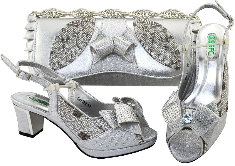 Silver shoes and bag matching set african party design SB8107-3 2018 sandals  low heel shoes with handle wedding clutches bag a6912f06a03c