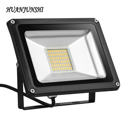 10w 20w 30w 50w 100w 220v outdoor led floodlight waterproof warm white floodlighting garden light projecteur.jpg 250x250