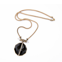 Black Geometric Vintage Pendant Necklace Antique Gold Plated Women Accessories Christmas Jewelry Gifts