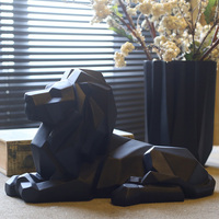 Modern Abstract Lion Sculpture Handmade Resin African Wildlife Predator Statue/ Feng Shui Lion Crafts Accessories Furnishing