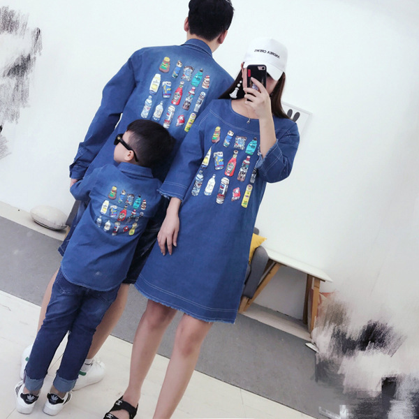все цены на Fashion Family Matching Clothes Outfits Mom and Girls Denim Dress Father Son Cartoon Blouse Shirt Autumn Kids Family Looking