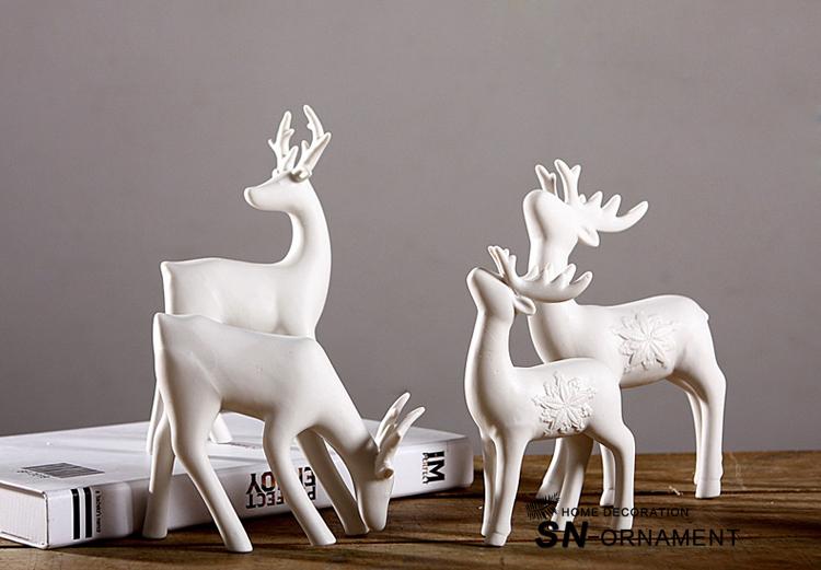 No/ël Blanc Ornement Miniature Cerfs Creative Lifelike Mini Bureau Accessoire d/écoratif Accessoires Enfants Cadeau pour la Maison,4 pi/èces