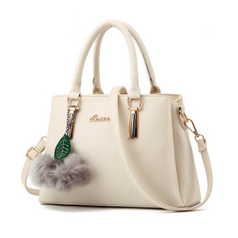 PU material ladies handbag 2017 new fashion cross handbag shoulder bag messenger bag hair ball decoration cheap female bag canta