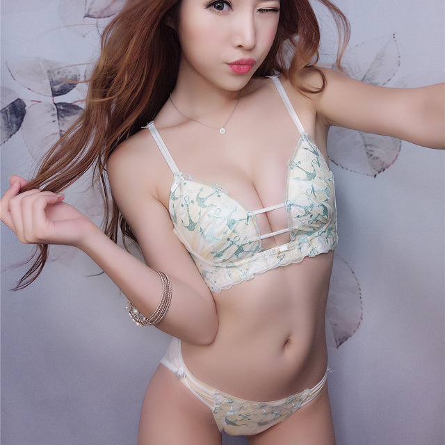 eec0715f82 Sexy lace floral bra set deep-v neck push-up young girls cotton underwear  sets dress pink lingerie Japanese bra and panty
