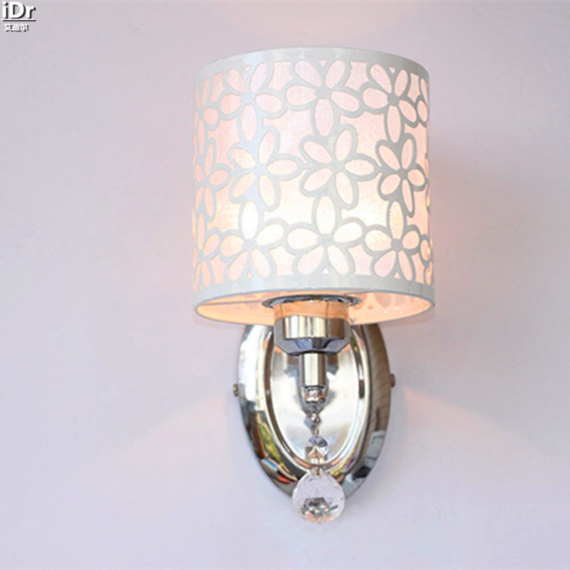 ФОТО Iron carved crystal pendant lamp lighting upscale American antique lamp Wall Lamps  Rmy-0289