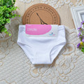 3 unids/lote baby boy baby boy girls underwear niños calzoncillos cortos 2-7year niños ropa de algodón blanco de la manera