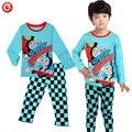 2016 Chegada Nova Dos Desenhos Animados Thomas E Amigos Treinar Crianças Meninos Pijamas Roupa Dos Miúdos Pijamas de Manga Longa Conjuntos Camisola Do Bebê