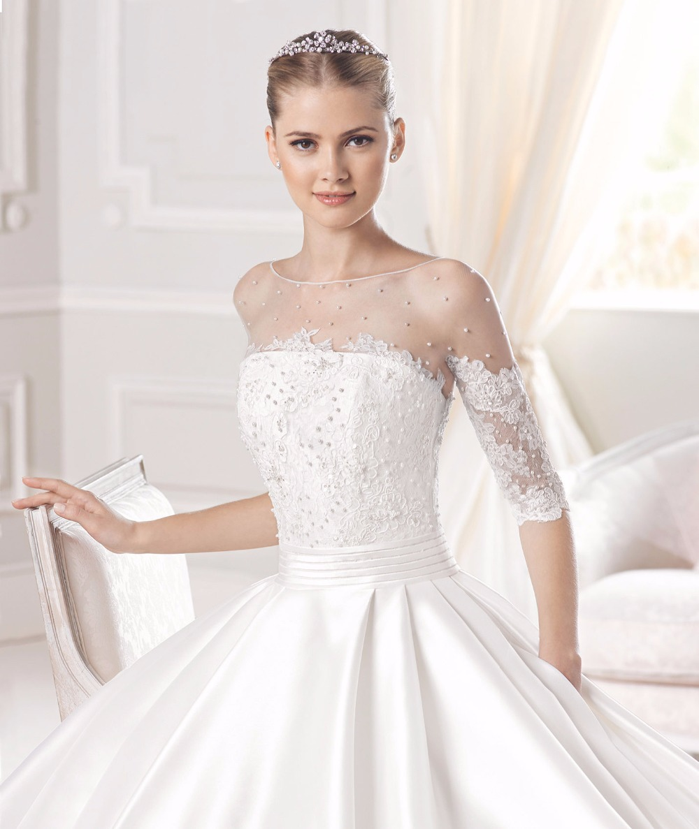 wedding dresses with boat neckline boat neck wedding dress Franc Sarabia Panotxa