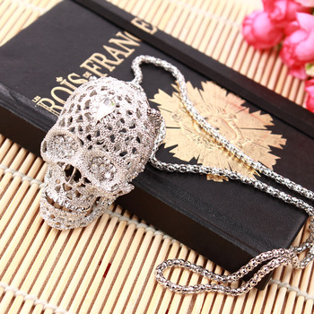 Hollow CZ Skull Necklace 1