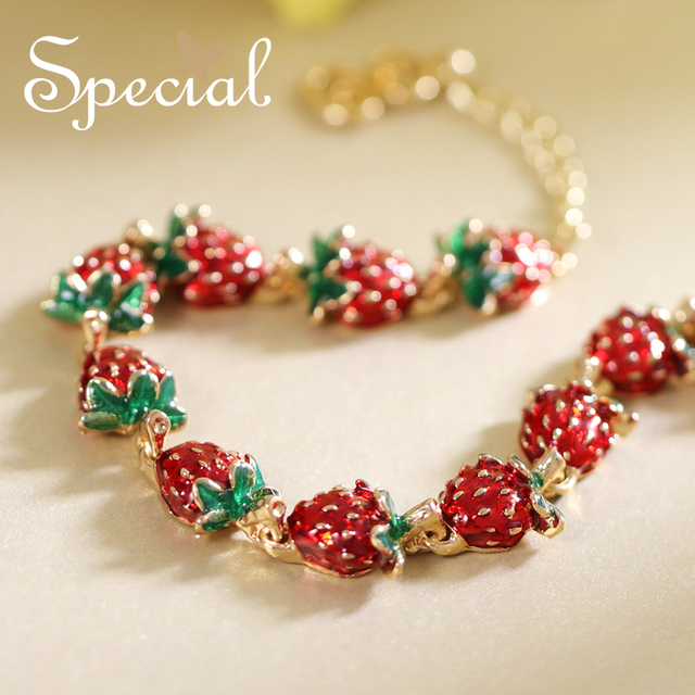 Special New Fashion Strawberry Bracelets Bangles Lovely Enamel Charm Fruites Jewelry Gifts For Women