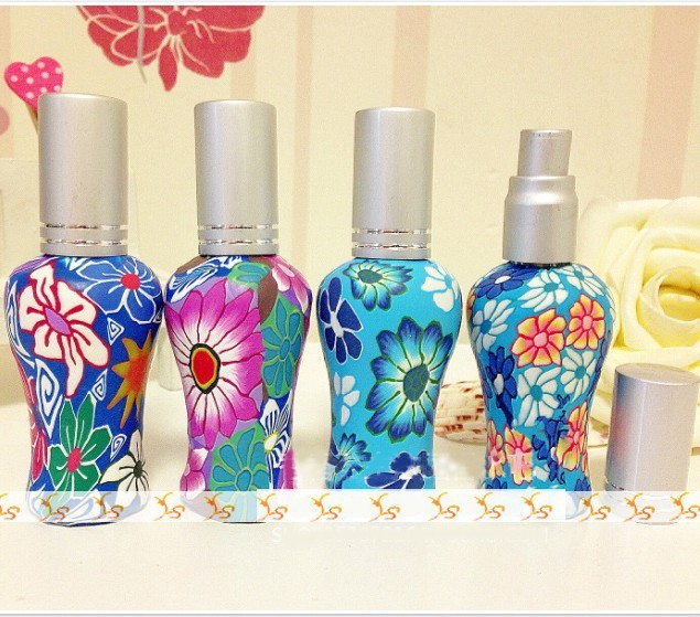 Us 25 37 14 Off 12 Ml Bunga Lukisan Tanah Liat Polimer Botol Parfum Mode Kaca Wadah Isi Ulang Atomizer Makeup Persediaan 10 Pcs Lot Dc061 Di Botol