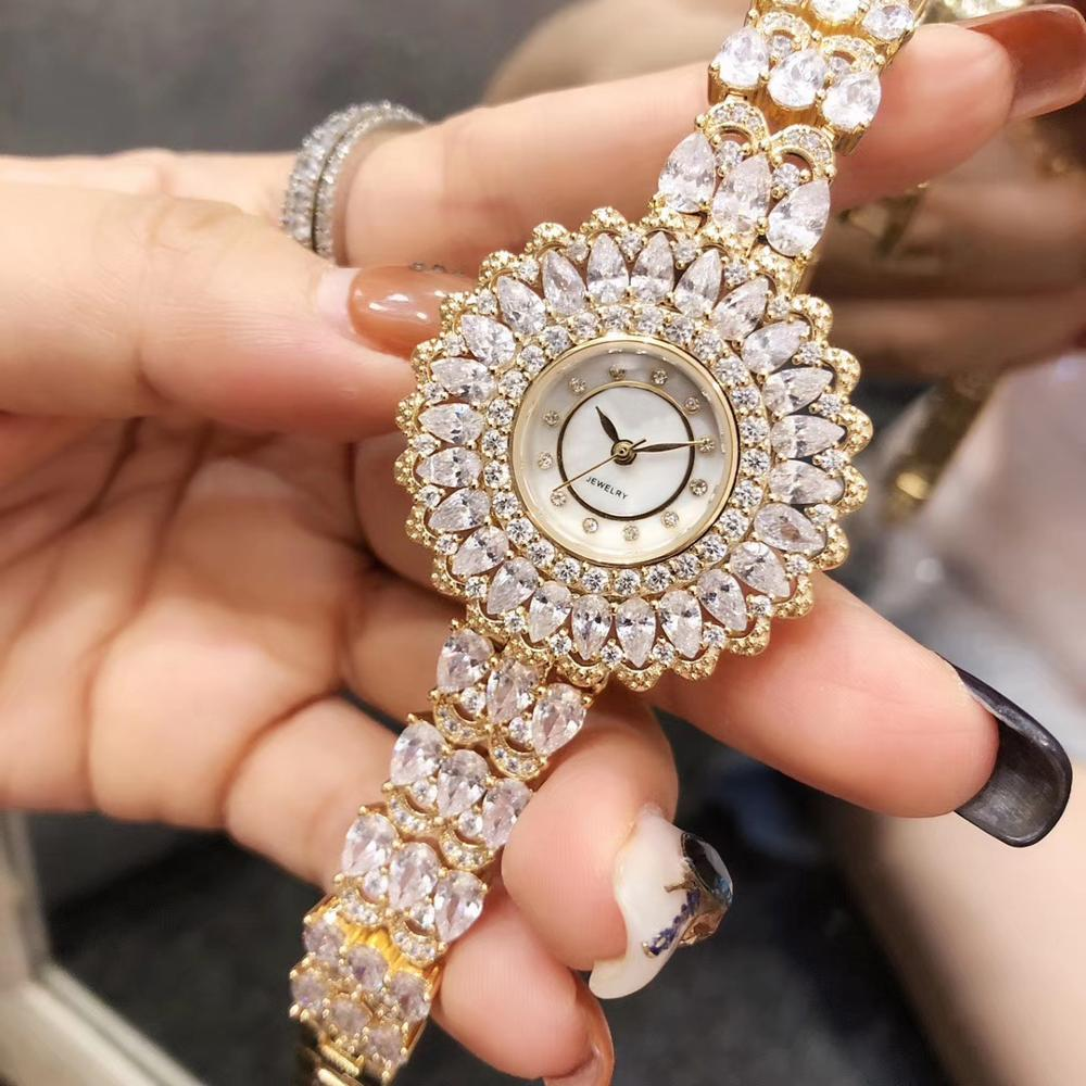 2019 새로운 럭셔리 전체 돌 팔찌 지르콘 석영 손목 시계 여성을위한 진주 라운드 다이얼 시계 시계 쥬얼리의 어머니-에서여성용 시계부터 시계 의  그룹 3