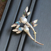 Designer handmade freshwater freshwater pearls alloy dragonflies brooches