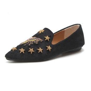 Bandeja blanca Pedro Muñoz bandeja de hermosas damas bordado de abeja de gamuza pisos confort suave zapatos de mujer suave Slip-On zapatos casuales zapatos