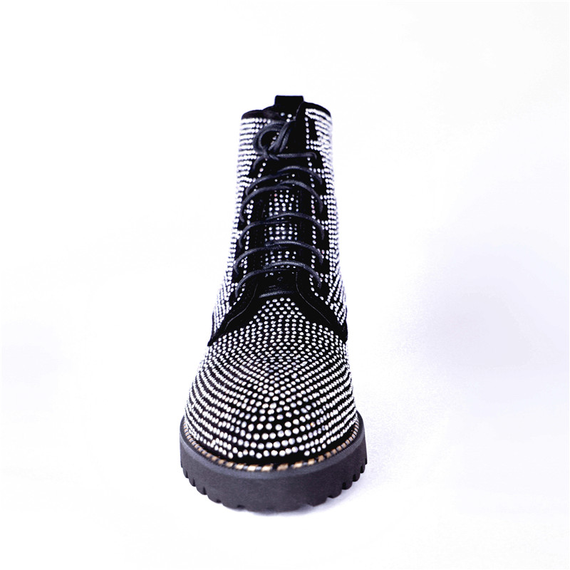 Ayakk.'ten Ayak Bileği Çizmeler'de MStacchi Moda Taklidi Ayakkabı Kadın Punk Stil Inek Süet yarım çizmeler Kadınlar Için Yuvarlak Ayak Sonbahar Kış Çizmeler Büyük Boy 33  43'da  Grup 2