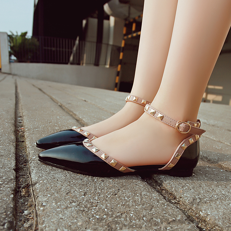 Pointed female summer shallow mouth flat rivet shoes