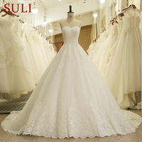HW091 Sweetheart Applique Zipper A Line Sweep Train Charming Button Lace Wedding Dresses