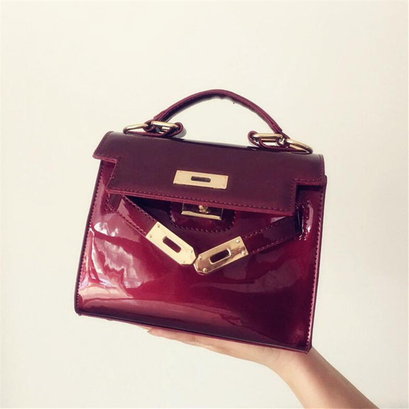 все цены на NEW design patent leather women handbag famous brand shoulder bag luxury fashion tote Clutch Sequins design patent messenger bag онлайн
