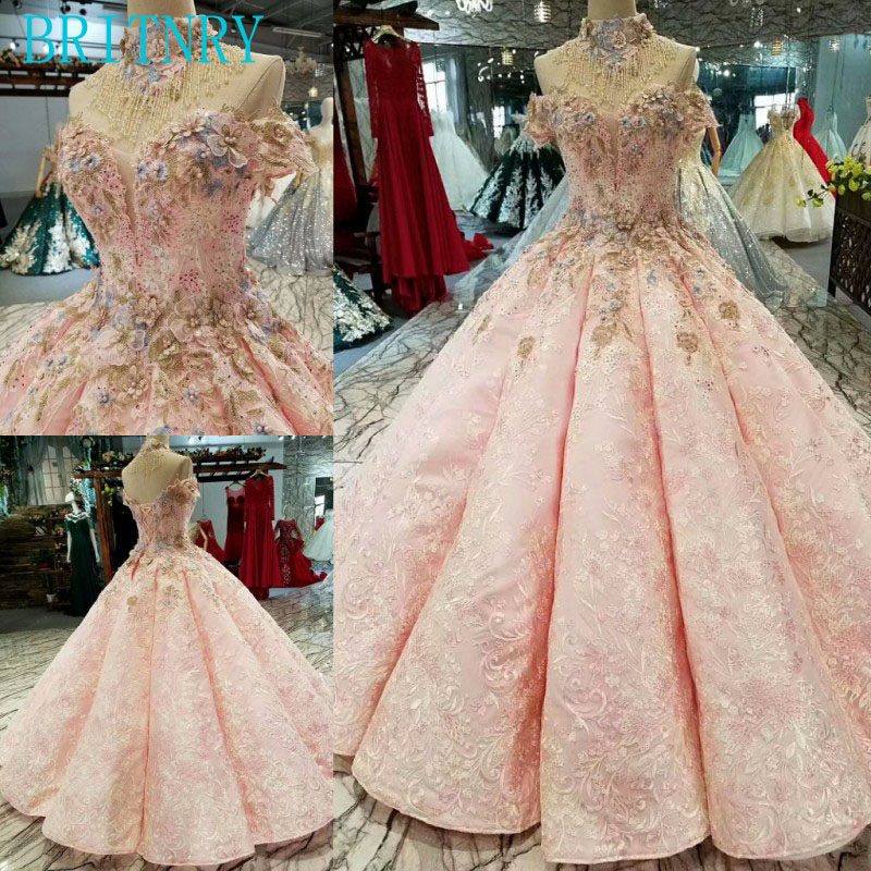 BRITNRY 2018 New Arrivals Lace Wedding Dress Boat Neck Beaded with Crystals Luxury Wedding Gown Floor Length Pink Bride Dress