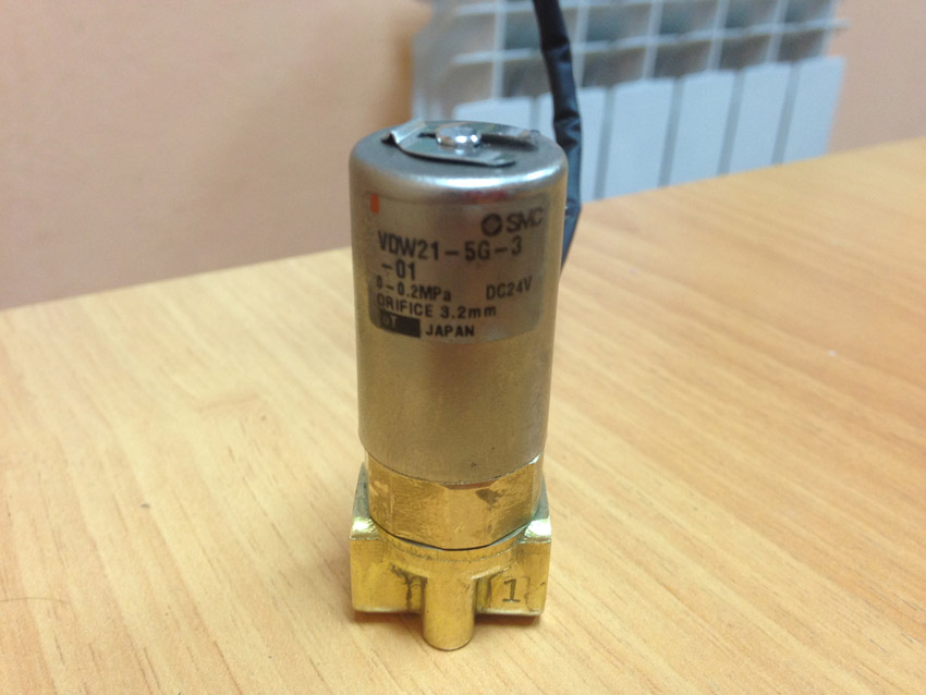 BRAND NEW JAPAN SMC GENUINE VALVE VDW21-5G-3-01 brand new japan smc genuine gauge g36 4 01