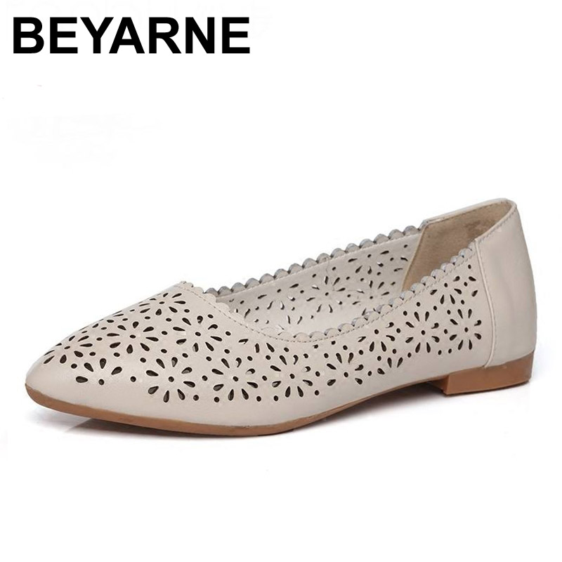 BEYARNE 2017 Fashion Genuine Leather Casual Loafers Shoes Women Sandals Summer Shoes Flats with Hollow Out Size 34-43