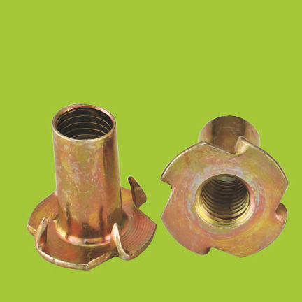 High quality Iron/stainless steel Tee nuts with four prongs (N1515)