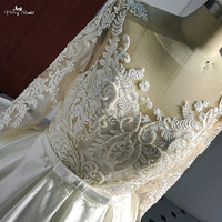 RSW513 Ball Gown Lace Wedding Dresses See Though 3/4 Sleeves Long Train Bridal Satin Wedding Gown Custom made