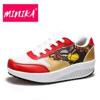 Minika النساء الملونة الأحذية أسافين الأحذية عارضة الأحذية الدانتيل متابعة النساء vulcanvize الأزياء بو جلدية وشبكة المرأة الأحذية حجم 35-40