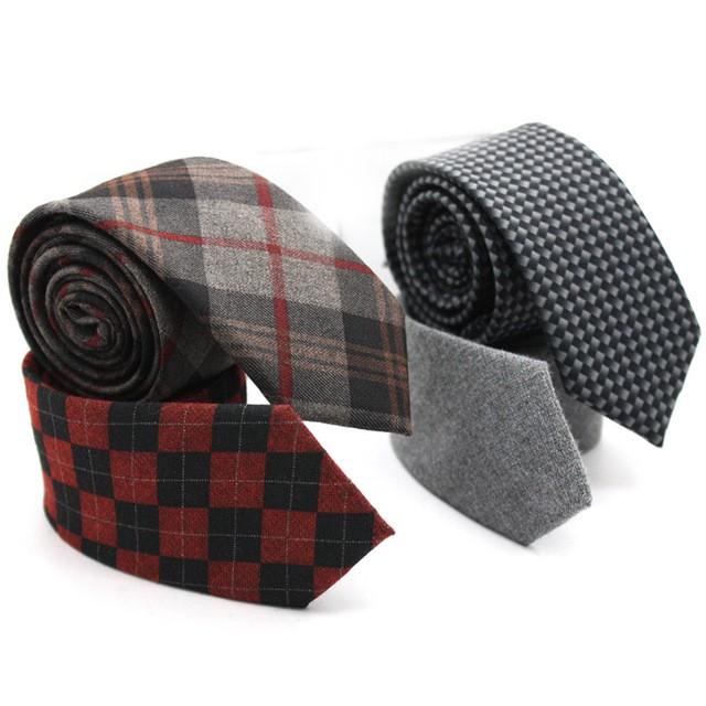 Mode-Ray%C3%A9-Hommes-de-Cravate-Cravates-Marque-Populaire-En-Daim-Hommes-Formelle-Cravates-Classique-M%C3%A2le-Costumes.jpg_640x640