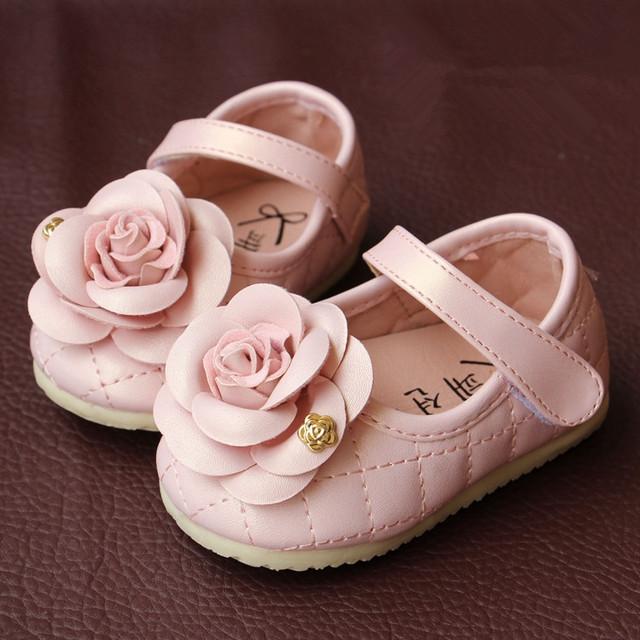 Bela Flor Criança Crianças Sapatos Macios sapatos de Senhora Doce Princesa Sapatos Calçados de Couro do bebê Da Criança
