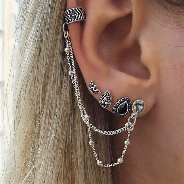 Vintage Chained Ear Cuff with Stud Earrings Set