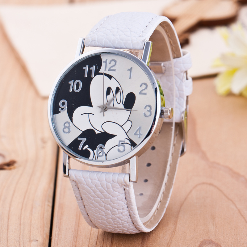 Fashion cartoon Pattern Fashion Women Watch 2017 New Casual Leather Strap Clock Girls Kids Quartz Wristwatch relogio feminino new fashion unisex women wristwatch quartz watch sports casual silicone reloj gifts relogio feminino clock digital watch orange