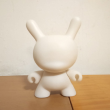 1pc 4inch Kidrobot Dunny DIY Paint Vinly Doll Action Figure White Color With Opp Bag