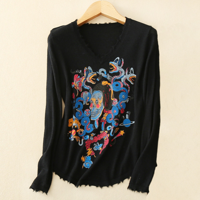 100% Pure Cashmere Embroidered Print Sweater With Skull Pattern Knitting Cashmere Sweater Women V Neck Black Pullover Sweater mini projector cre proyector led tv 3d projector full hd video home theater support hdmi vga with sd usb