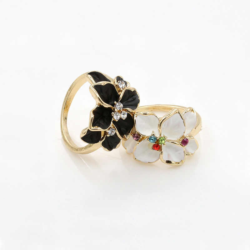Gold Color Crystal Flower Rings Rhinestone Black White Enamel Ring Women Zircon Finger Jewelry Engagement Wedding Bands